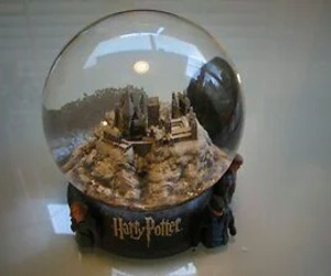 harry potter and snowglobe image
