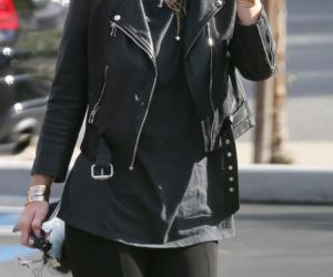 kylie jenner, girl, and kim kardashian image