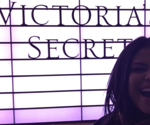 selena gomez and victoria's secret‎ image