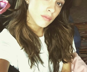 beauty and tini stoessel image