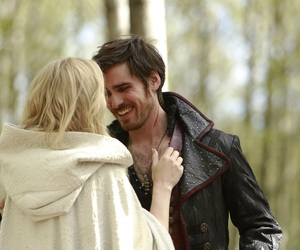 captain swan, emma swan, and ️ouat image