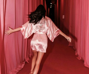 model, kendall jenner, and pink image