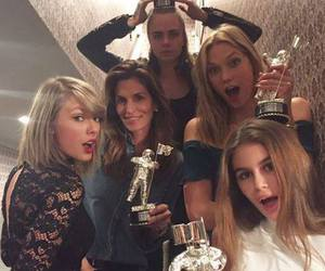 Taylor Swift, Karlie Kloss, and cara delevingne image