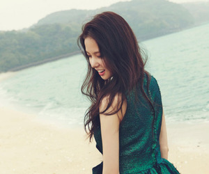 clc, yujin, and kpop image