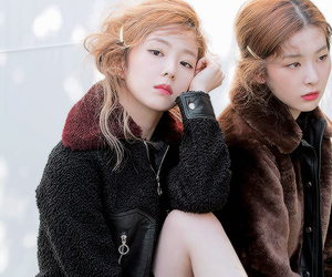 irene and seulgi image