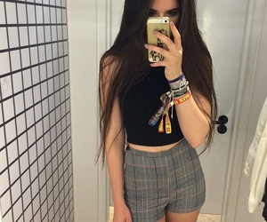 outfit, grunge, and pale image