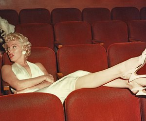 Marilyn Monroe, theater, and vintage image
