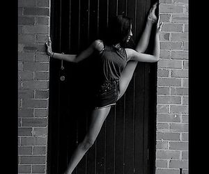 blackandwhite, contemporary, and dance image