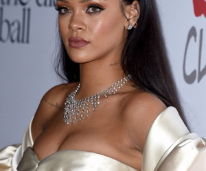 rihanna, diamond, and Queen image
