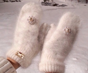 fashion, winter, and gloves image