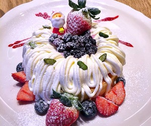 food, Harajuku, and strawberry image