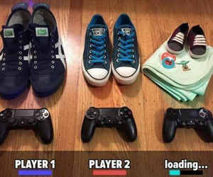 controller, loading, and player image
