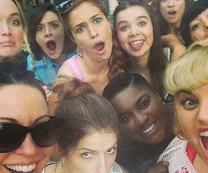brittany snow, anna kendrick, and pitch perfect 2 image