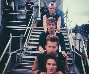 the vamps, tristan evans, and connor ball image