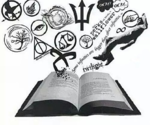 book, divergent, and harry potter image