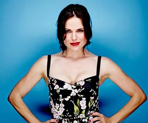 lana parrilla, once upon a time, and ouat image