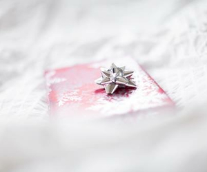 gift, christmas, and pink image