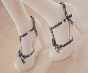 heels, kawaii, and shoes image