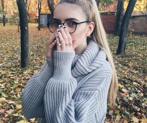 girl, autumn, and hair image