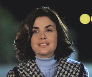 Audrey Horne, cry, and girl image