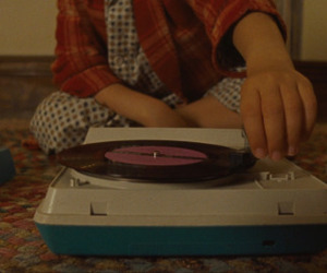moonrise kingdom, 手, and レコード image