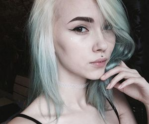 blonde, alternative, and dyed hair image