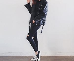 asian fashion, korean, and black image