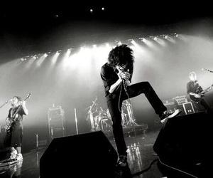 one ok rock, band, and taka image