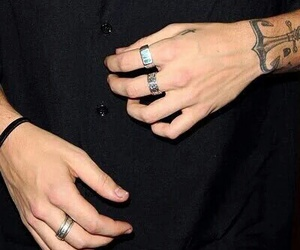 hands and Harry Styles image