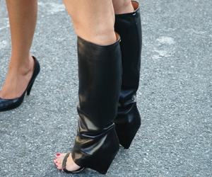 black, heels, and Maison Martin Margiela image