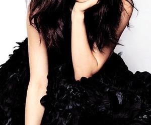 beauty, pop queen, and pop star image
