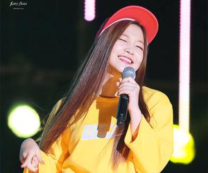 korean girl, cute, and yeri image