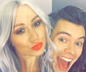 lou teasdale and Harry Styles image
