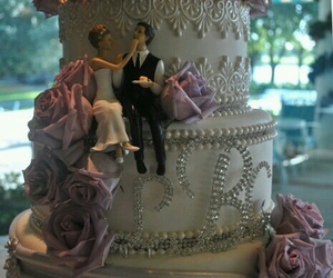 food, wedding cake, and cute cake topper image