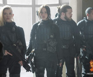 the hunger games, mockingjay, and katniss everdeen image