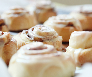 food, delicious, and cinnamon roll image