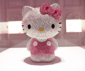 hello kitty and pretty image