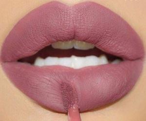 lips, mode, and lipstick image