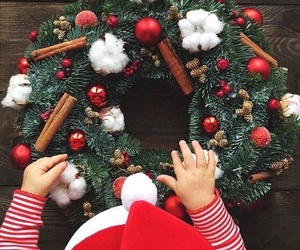 christmas, christmas tree, and starbucks image