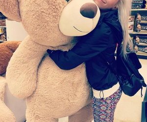 i want, huge teddy bear, and big teddy bear image
