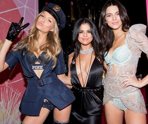 selena gomez, kendall jenner, and Victoria's Secret image