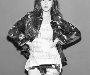 chic, fashion, and snsd image