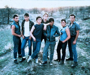 the outsiders and se hinton image