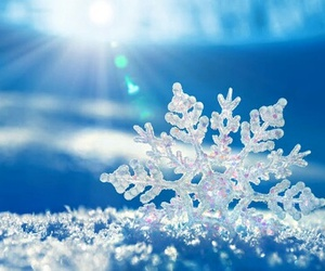 beautiful, blue, and snowflake image