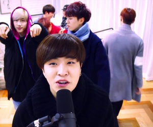 mad, youngjae, and got7 image