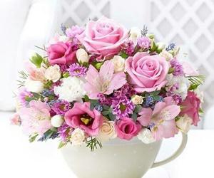 arrangements, floral, and natural image