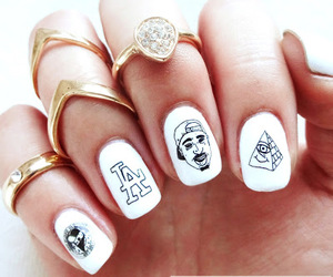 gold, hip hop, and manicure image