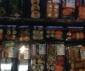 spain, sushi, and noemi overmars image