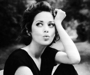 Marion Cotillard and black and white image