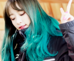 green hair, icons kpop, and fashion image